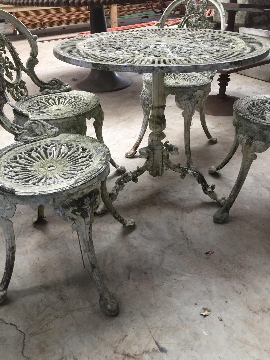 Ancien salon de jardin en fer blanc mobilier duhautoy for Mobilier de jardin en fer